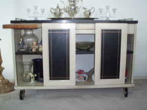 vintage-sideboard